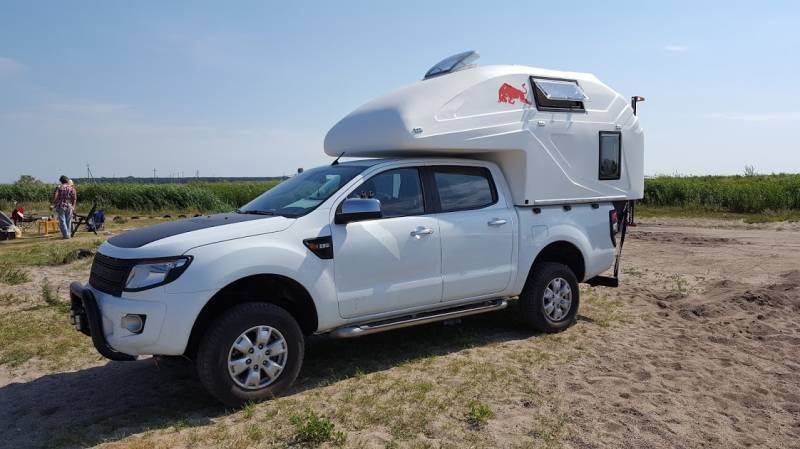 cellule XPLO campers sur Ford Ranger